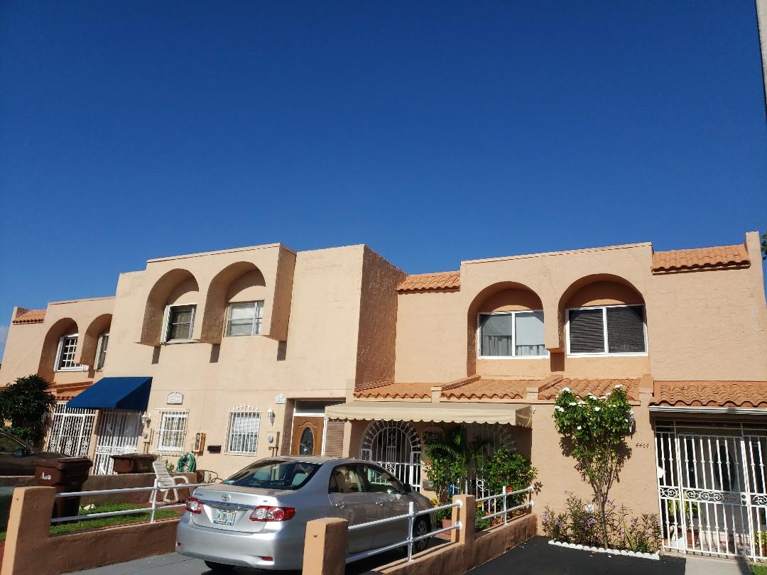 Hialeah, FL - Commercial ReRoof Estimate for apartment community. Flat & Tile Earl W Johnston Roofing Eric Suarez 9549897794