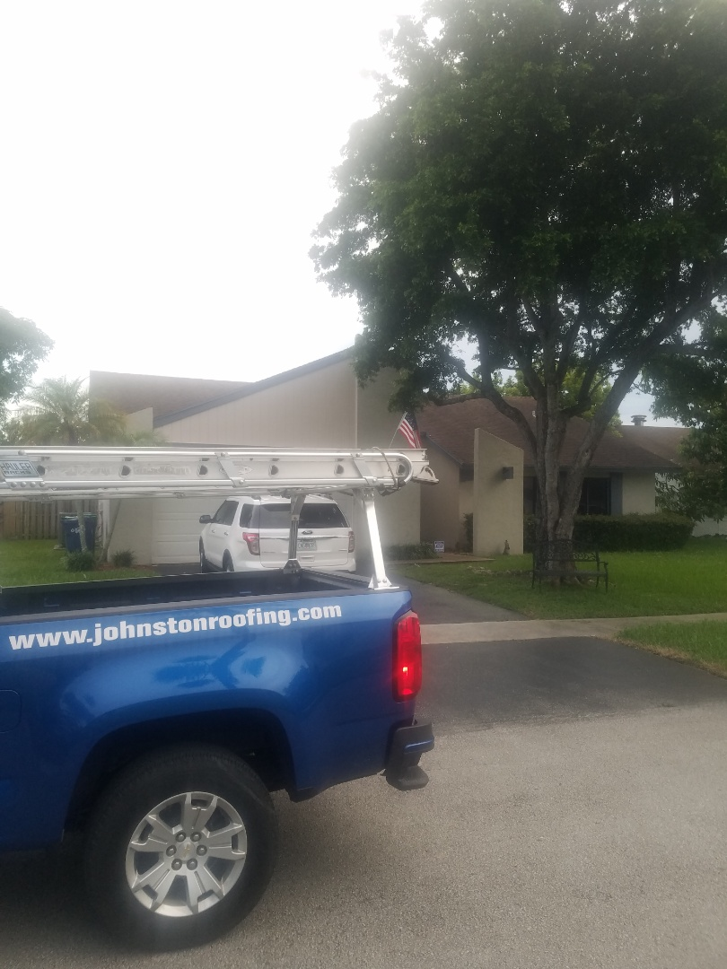 Lauderhill, FL - Shingle roof leak repair estimate by Aj from Earl Johnston Roofing Company