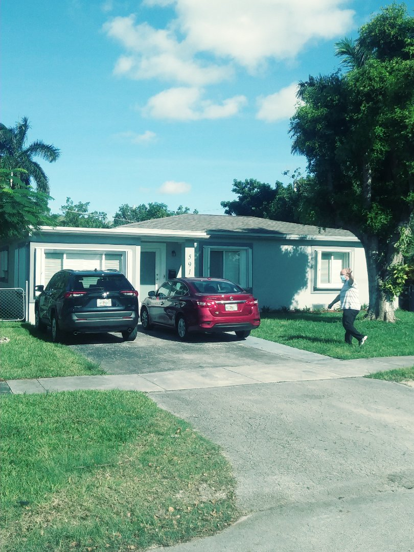 Miami Springs, FL - Finished gaf timberline shingle and flat roof