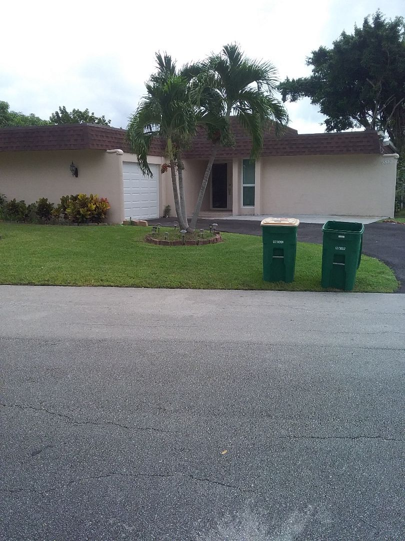 Coral Springs, FL - Flat deck roof repair and the City of Tamarac Florida this repair is being done by Earl W Johnston roofing company Tony and Matthew are your repair technicians
