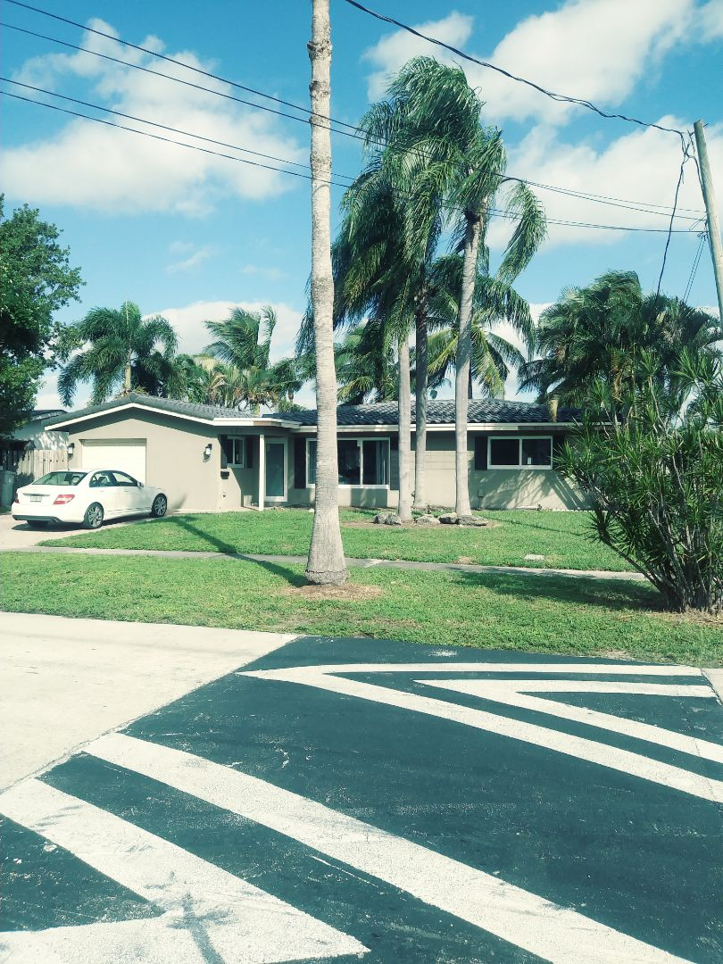 Pompano Beach, FL - Finished eagle Capistrano Sierra Madre concrete roof tile by earl w Johnston roofing