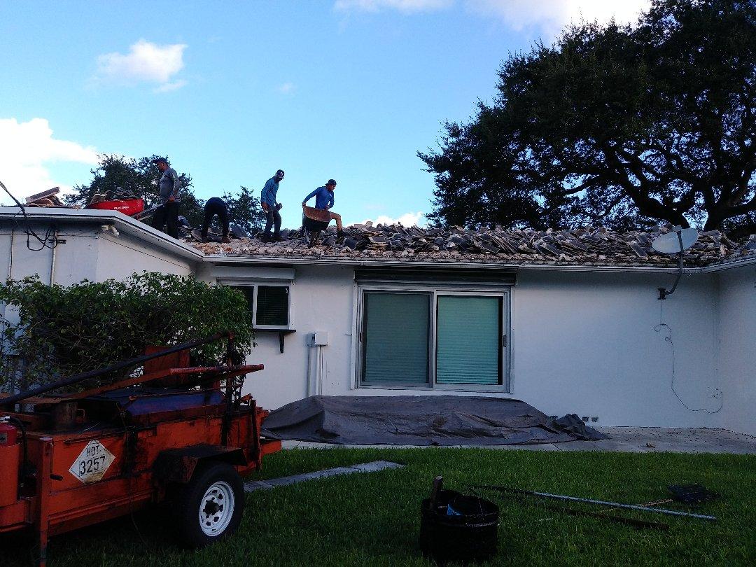Miami Shores, FL - Reroof tile Miami Shores