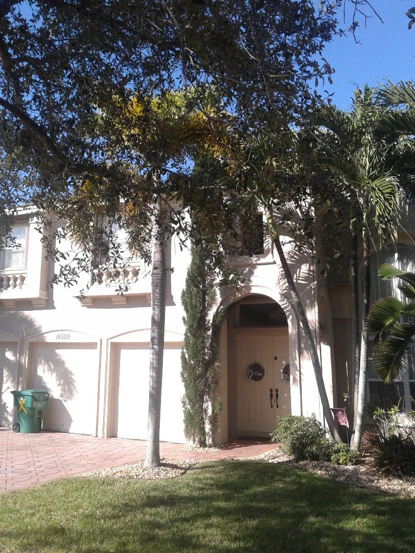 Miramar, FL - Roofing repair in Miramar by Duane and Israel from Earl W Johnston Roofing