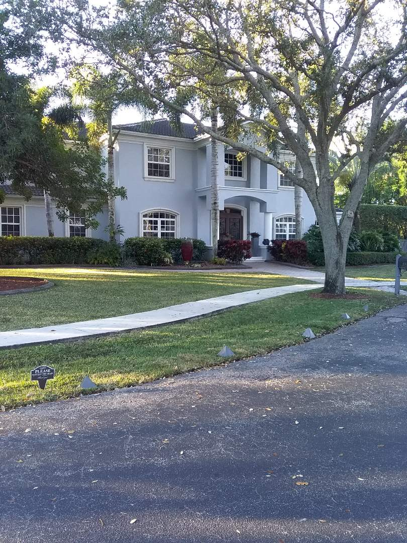 Hollywood, FL - Flat roof repair in the city of Cooper City Florida this repairs being done Earl W Johnston roofing company Tony and Darnell are your repair technicians