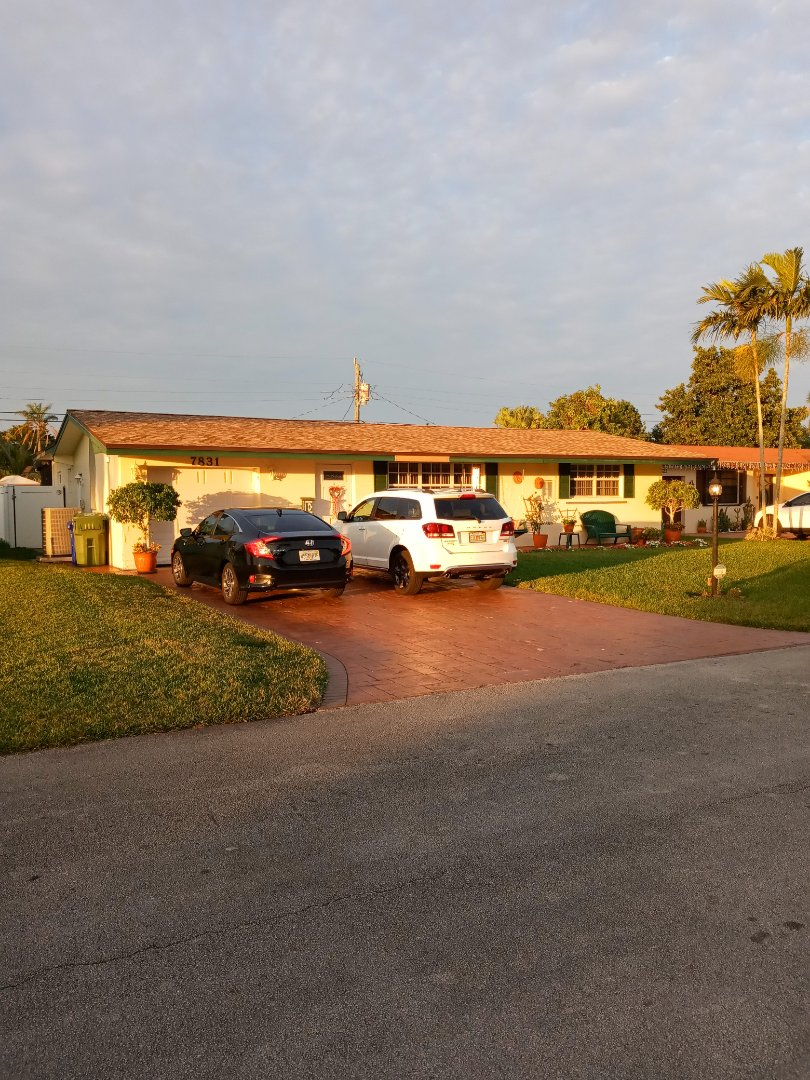 Pembroke Pines, FL - Finished gaf timberline shingles and flat roof by earl w Johnston roofing