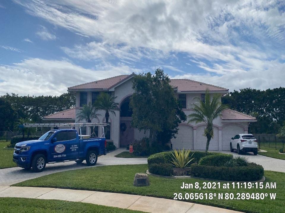 Davie, FL - Tile repair estimate in Davie, FL by Mike Wilde and Earl Johnston Roofing