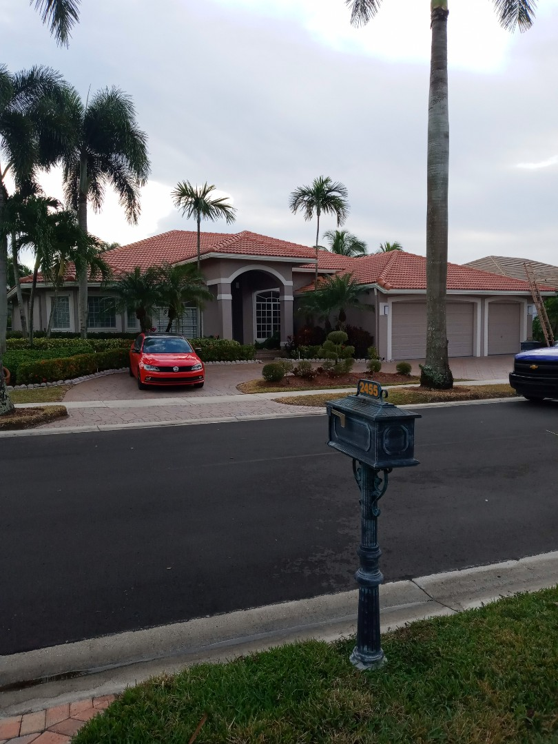 Weston, FL - Finished eagle Malibu terracombra range color concrete roof tile by earl w Johnston roofing llc
