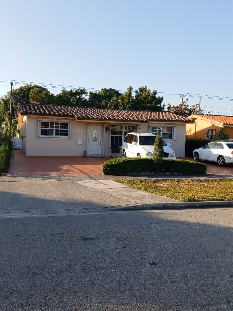 Hialeah, FL - Finished eagle capistrano concrete roof tile Acadia canyon brown color by earl w Johnston roofing
