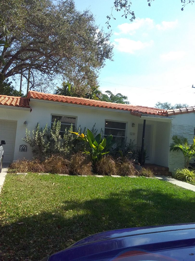 Coral Gables, FL - Repair tiles roof by Alexis and Oliver from early w Johnson roofing