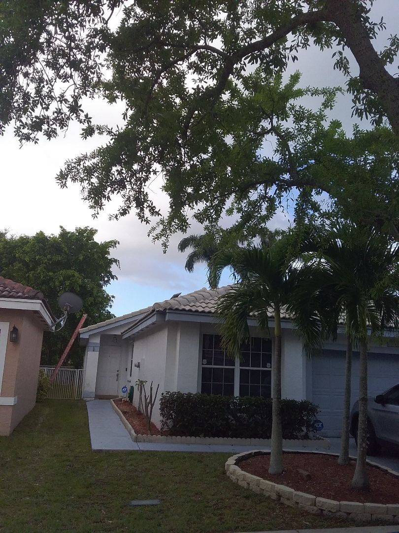Miramar, FL - Roof repair in Miramar by Duane and Rodney from Earl W Johnston Roofing