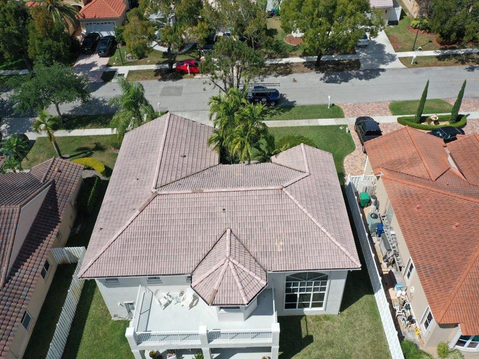 Miramar, FL - Tile reroof estimate in Miramar, FL by Mike Wilde of Earl Johnston Roofing