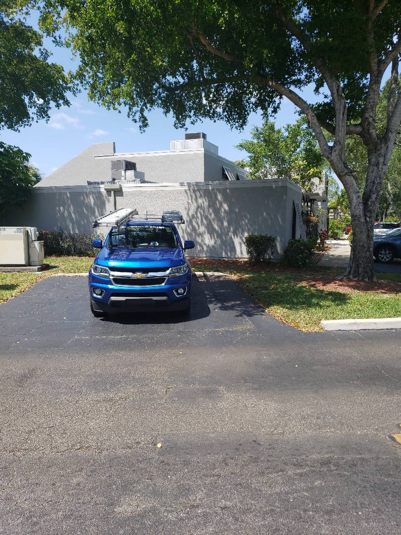 Pembroke Pines, FL - Flat roof leak repair estimate by AJ from Earl Johnston Roofing Company
