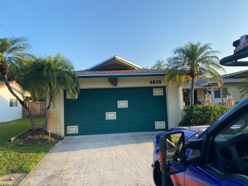Hollywood, FL - Shingle roof repair in Hollywood