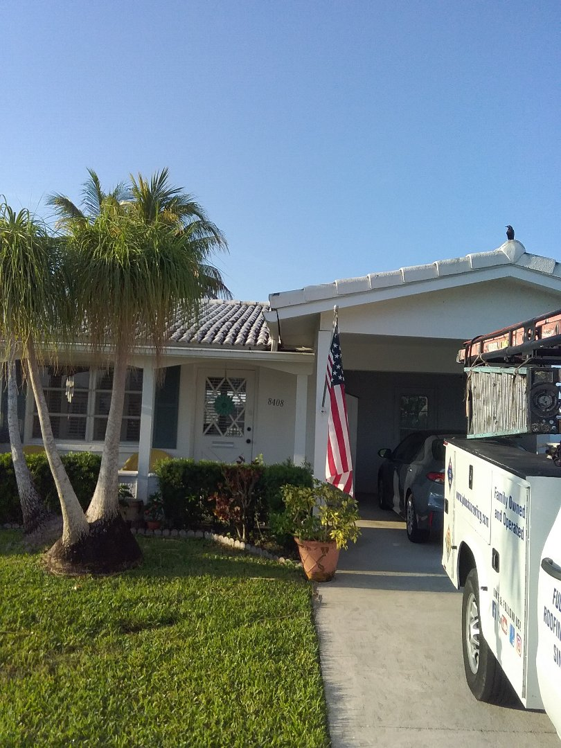 Hollywood, FL - Repair flat roof by Alexis and Oliver from early w Johnson roofing