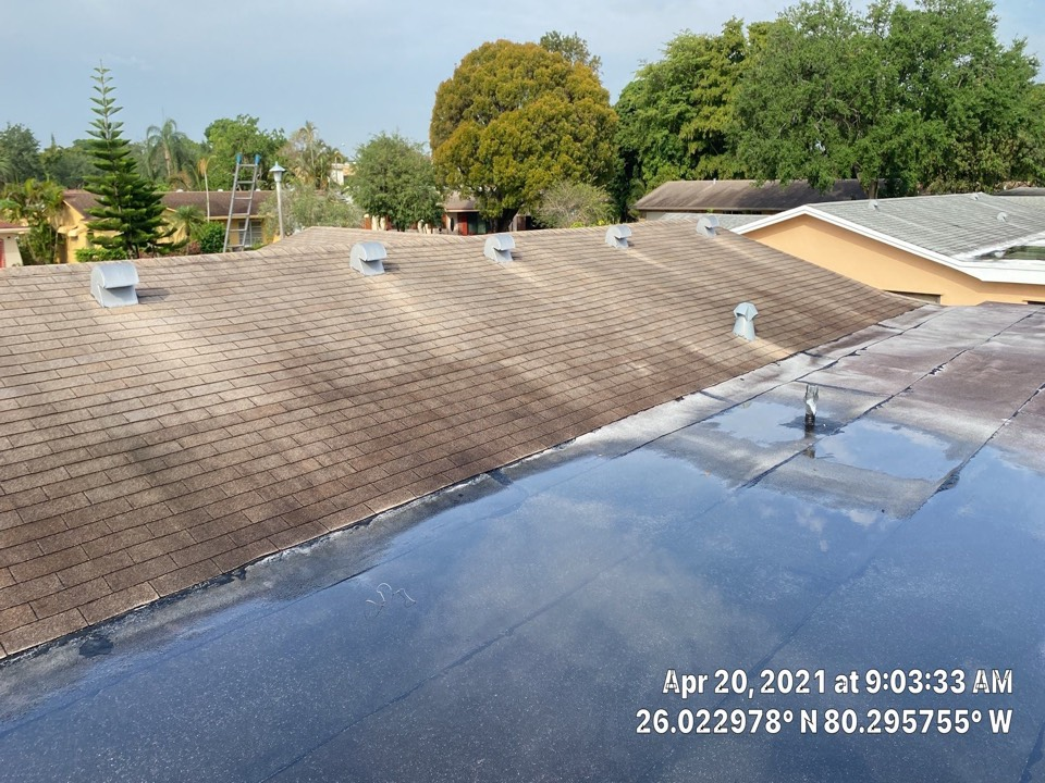 Pembroke Pines, FL - Flat roof leak repair estimate in Pembroke Pines, FL by Mike Wilde and Earl Johnston Roofing