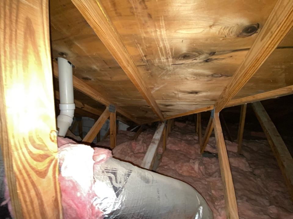 Tile roof leak repair estimate in Weston, AFL by Mike Wilde and Earl Johnston Roofing