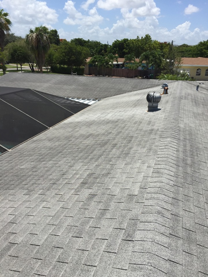 "Cutler Bay, FL - Free estimate to replace with 1.5"" insulation and Englert Metal Roof"