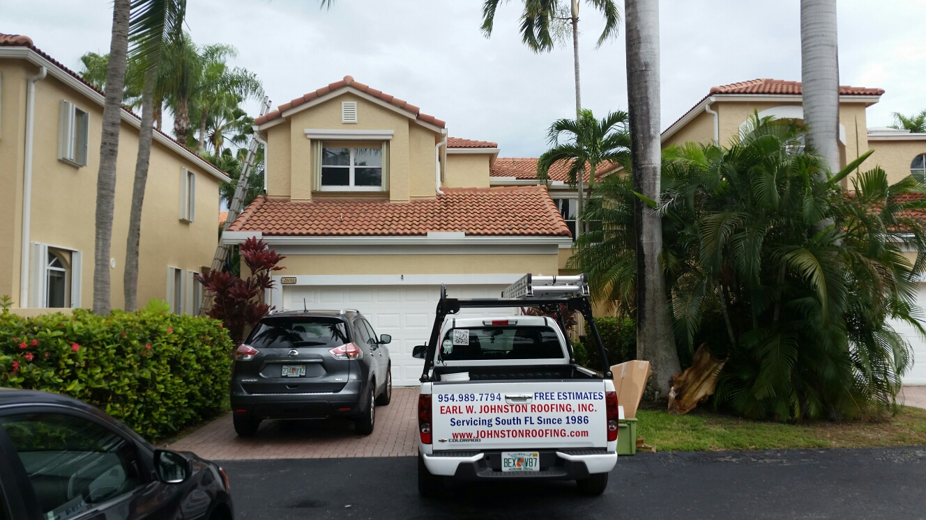 Aventura, FL - Tile repair estimate in Aventura