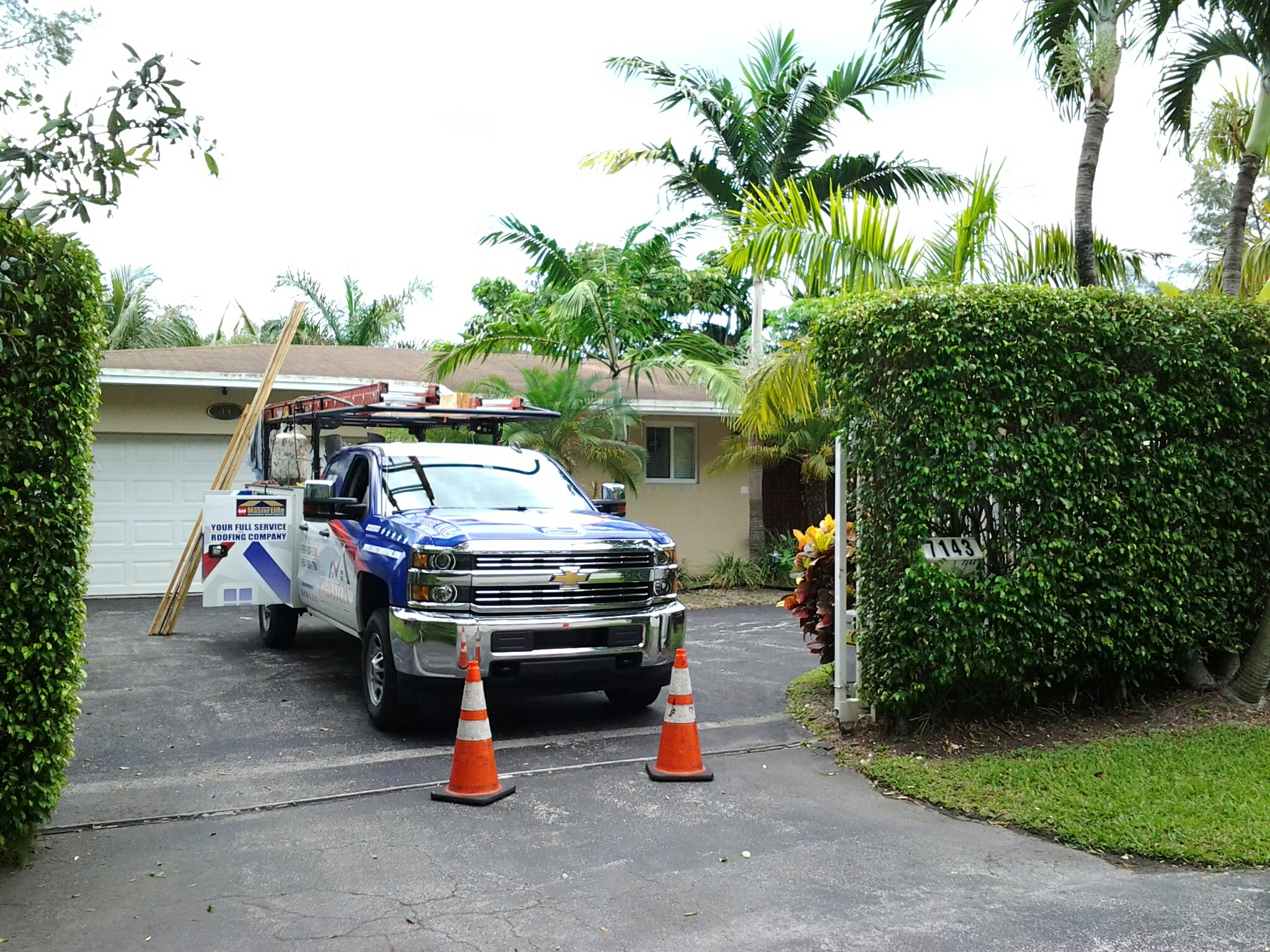 South Miami, FL - Fascia board replacement in the city of South Miami Florida this repair is being done by Earl W Johnston roofing company Tony and Jose are your repair technicians