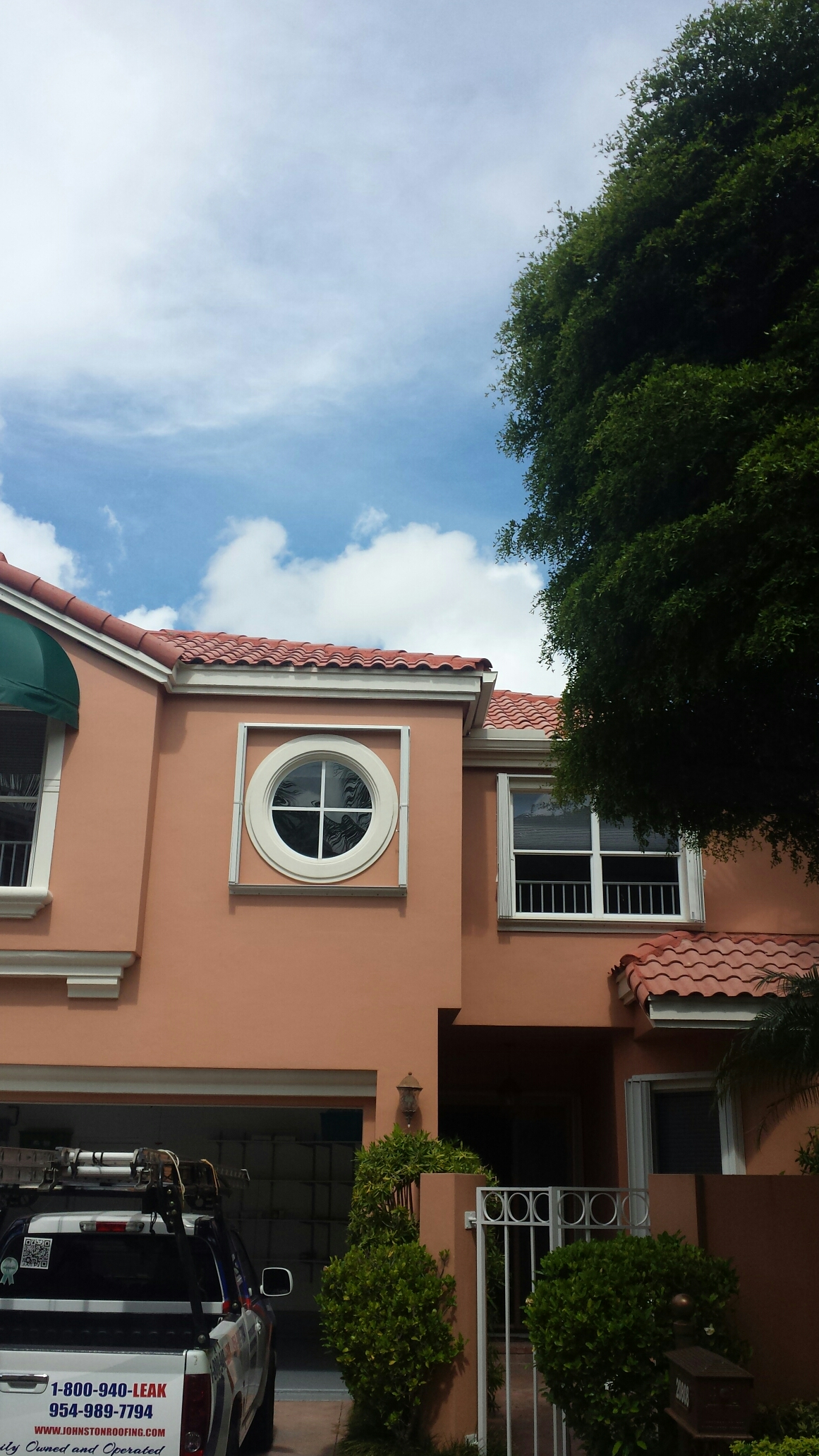 Aventura, FL - Tile roof repair estimate at Aventura