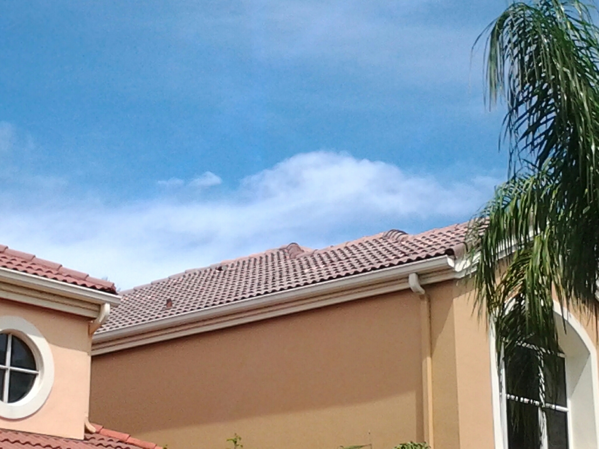 Aventura, FL - Roof a cide in Miami