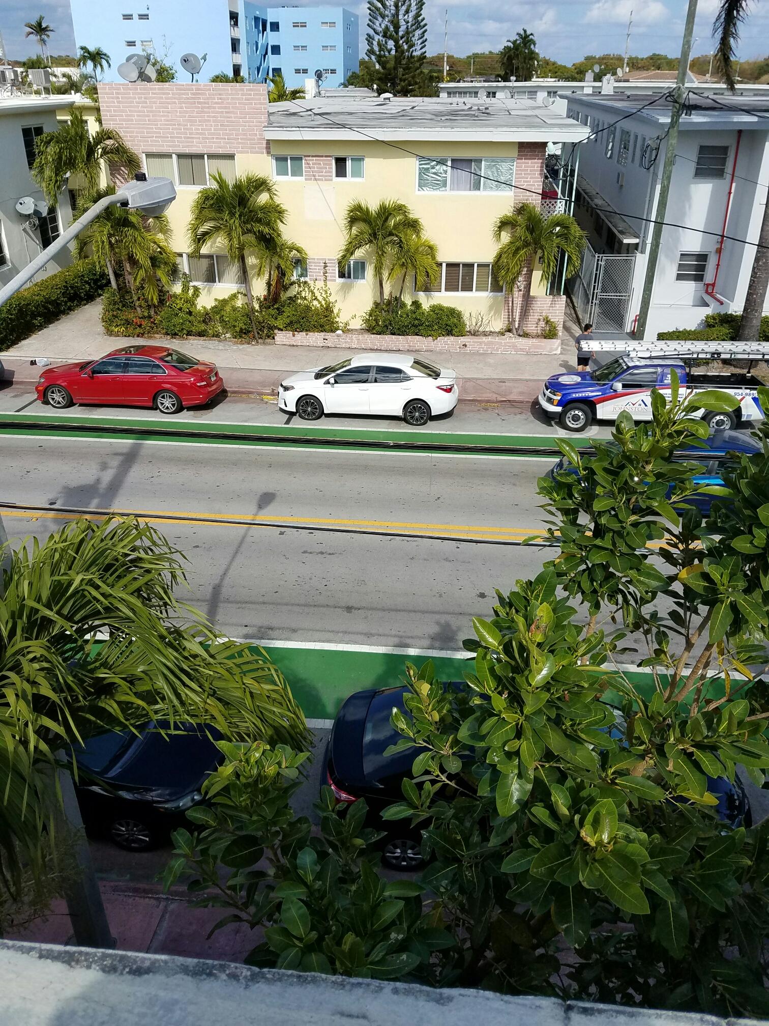 Miami Beach, FL - Flat roof repair in Surfside