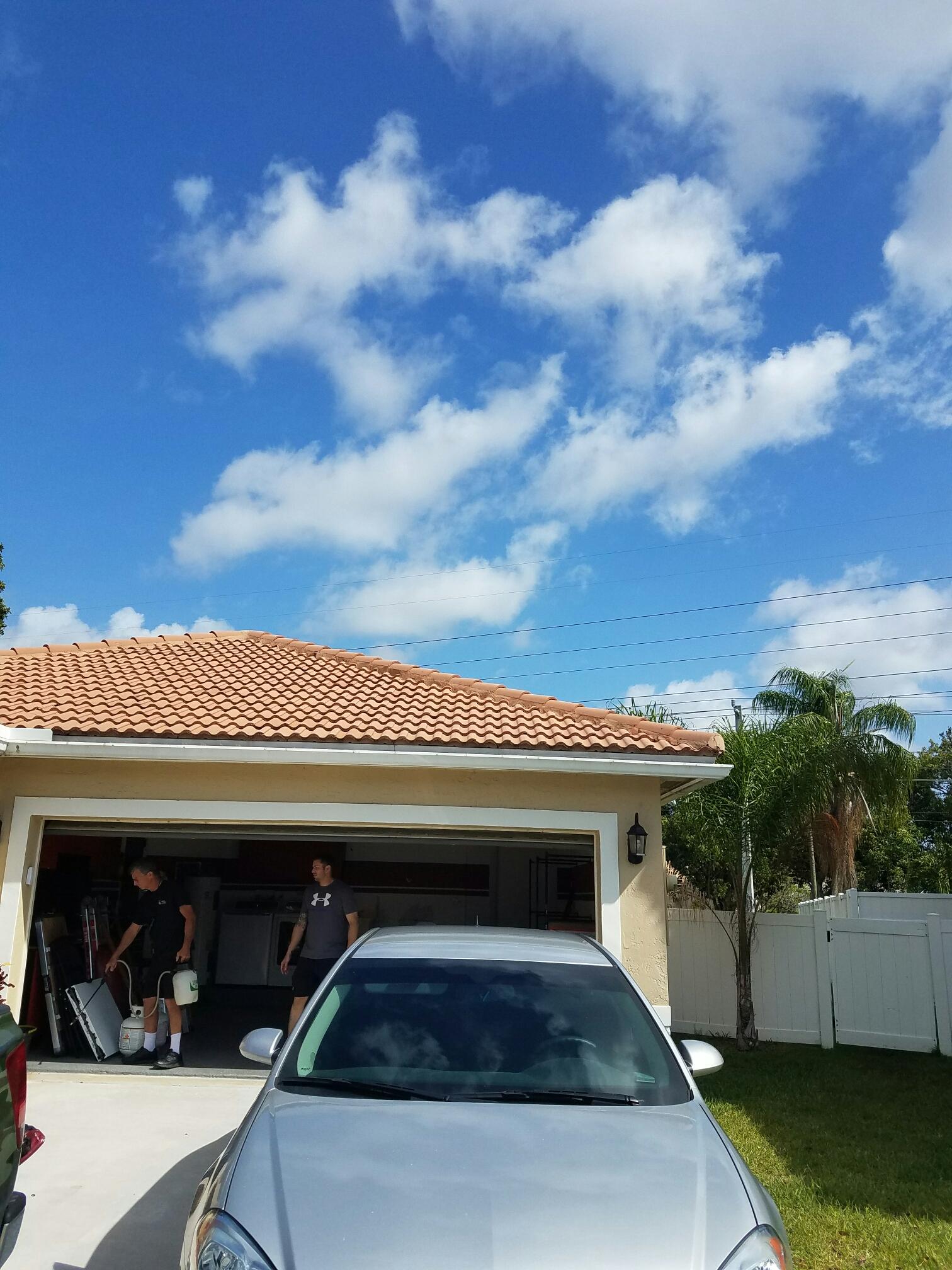 Coral Springs, FL - Tile roof repair Coral Springs
