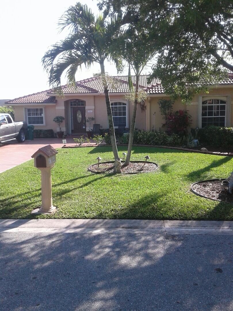 Coral Springs, FL - Roof tile repair in the City of Coral Springs Florida this repairs been done by Earl w Johnston roofing company Tony and Glen are you repair technicians