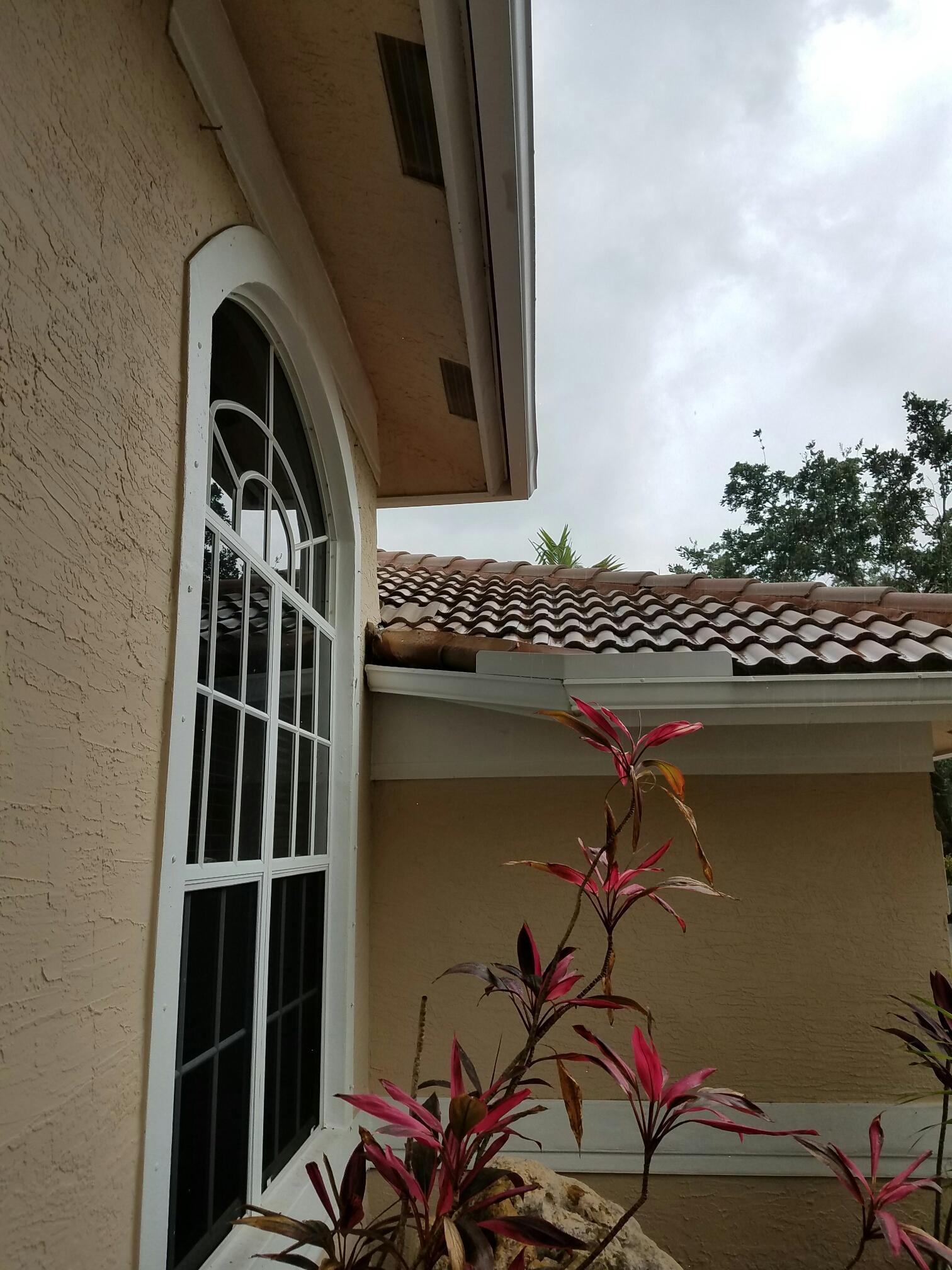 Coral Springs, FL - Tile re-roof estimate in Coral Springs