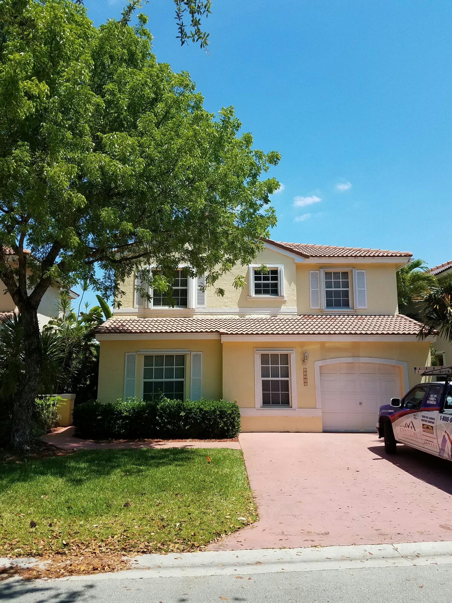 Coral Springs, FL - Tile roof repair estimate in Coral Springs