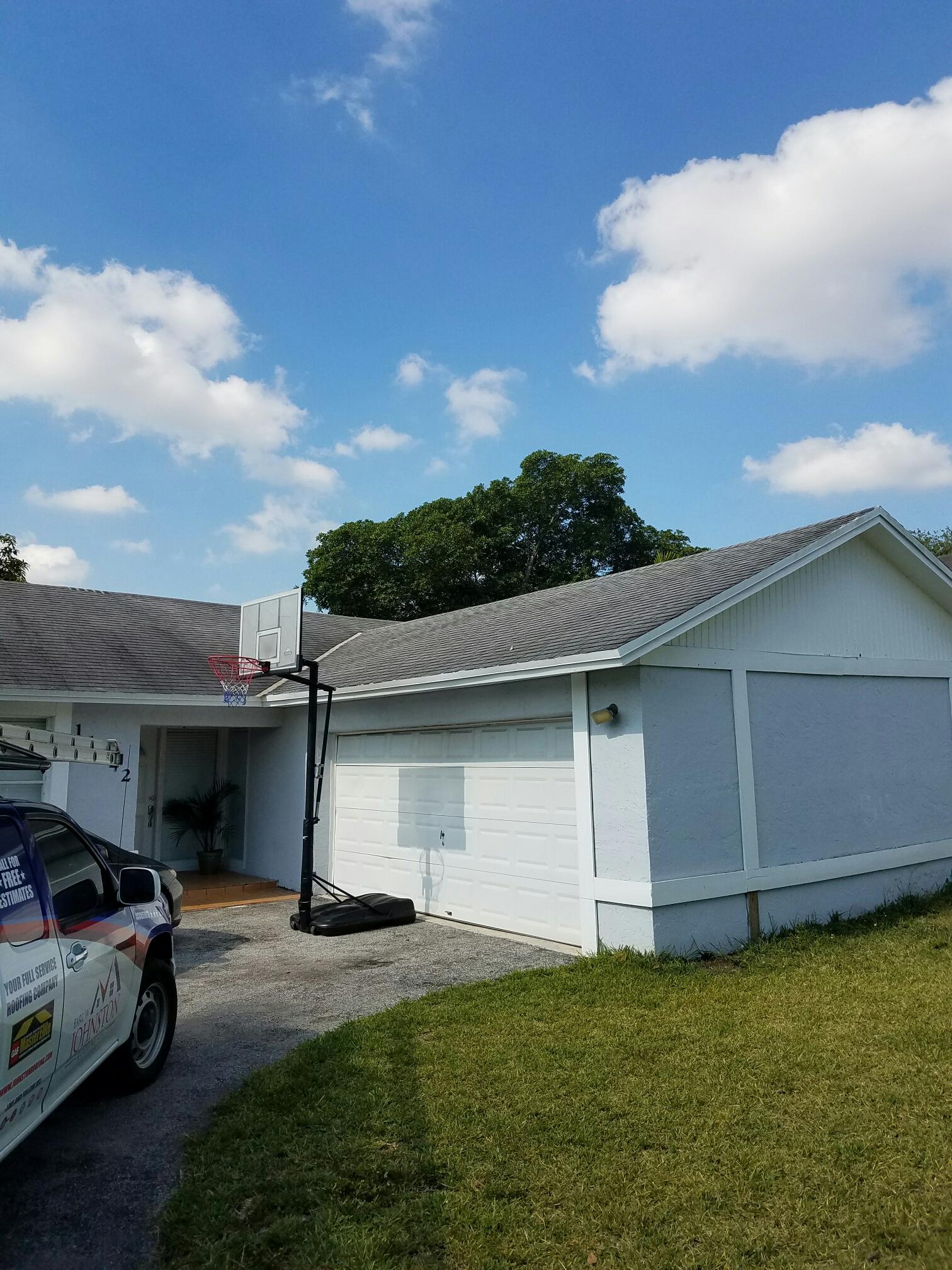 Miami, FL - Shingle roof estimate in Miami