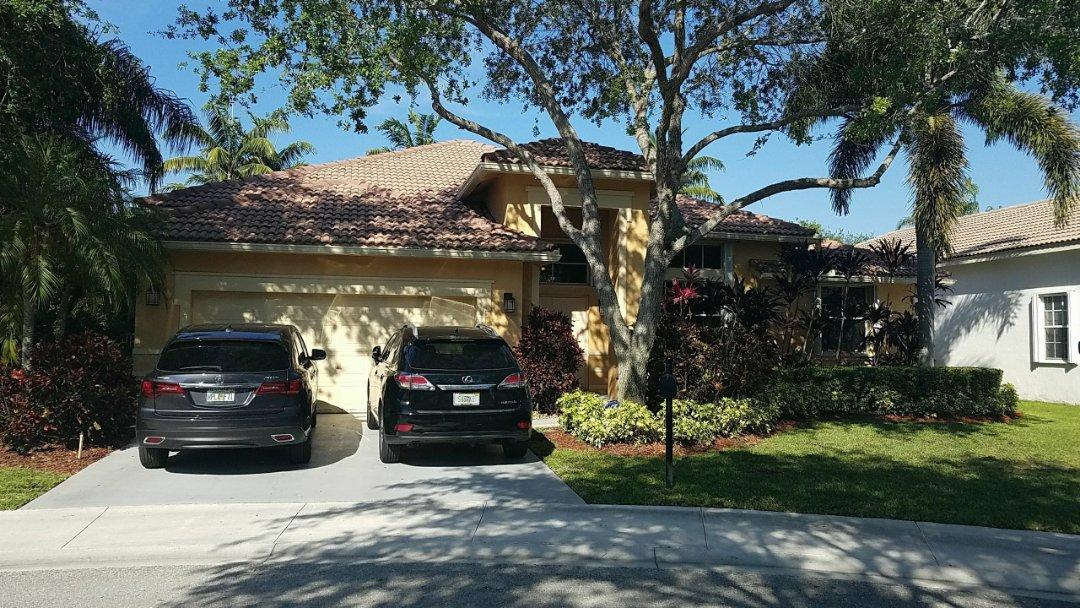 Weston, FL - Tile roof repair estimate in Weston, FL