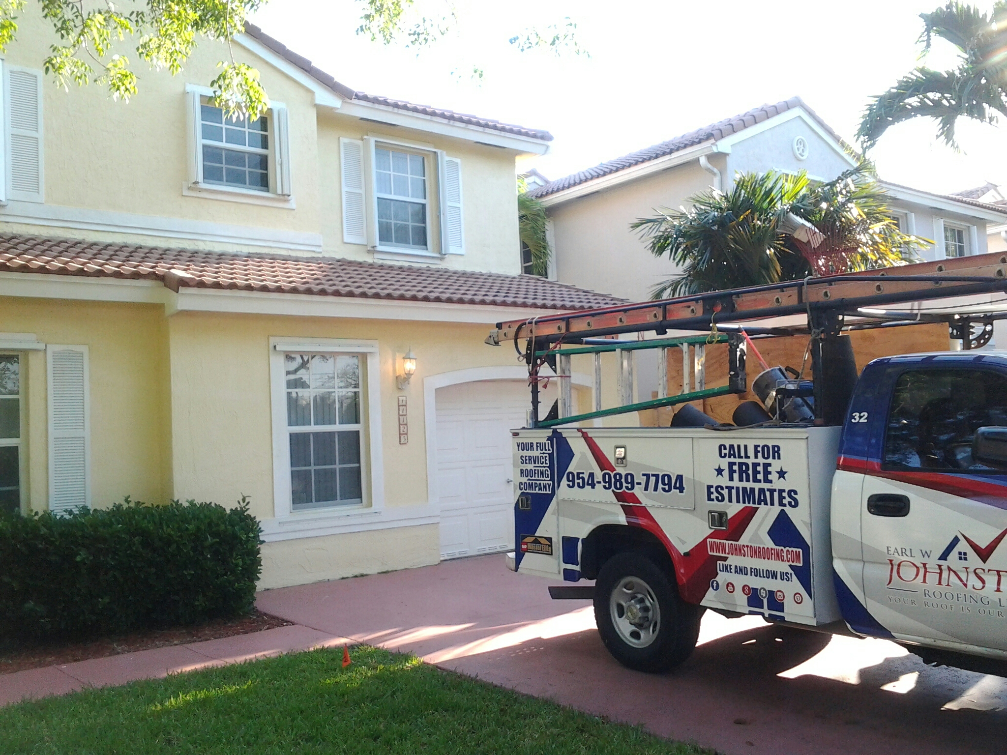 Coral Springs, FL - Tile roof repair in the city of coral springs fl this repair is being done by Earl w Johnston roofing company Jos? end Glen are you repair technicians