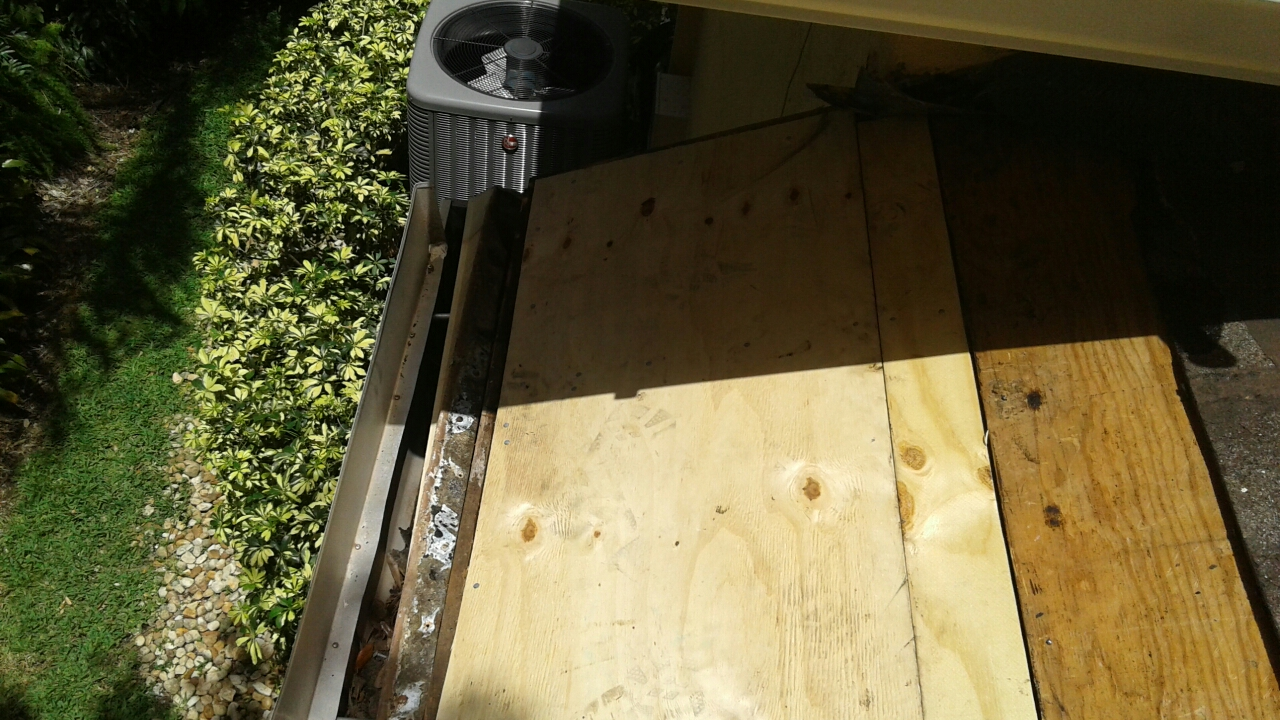 Weston, FL - Mike and Earl Johnston roofing installed new plywood on 3rd repair area