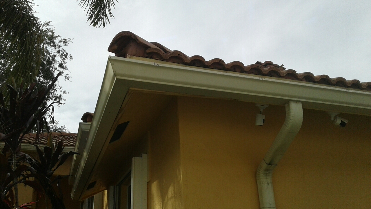 Weston, FL - Mike and Earl Johnston roofing completed fascia board work