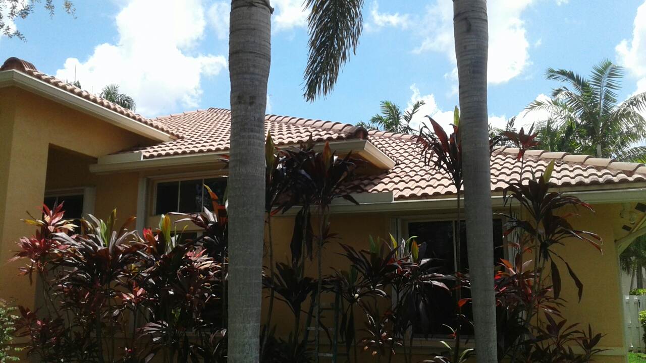Weston, FL - Mike and Earl Johnston roofing completed tile work