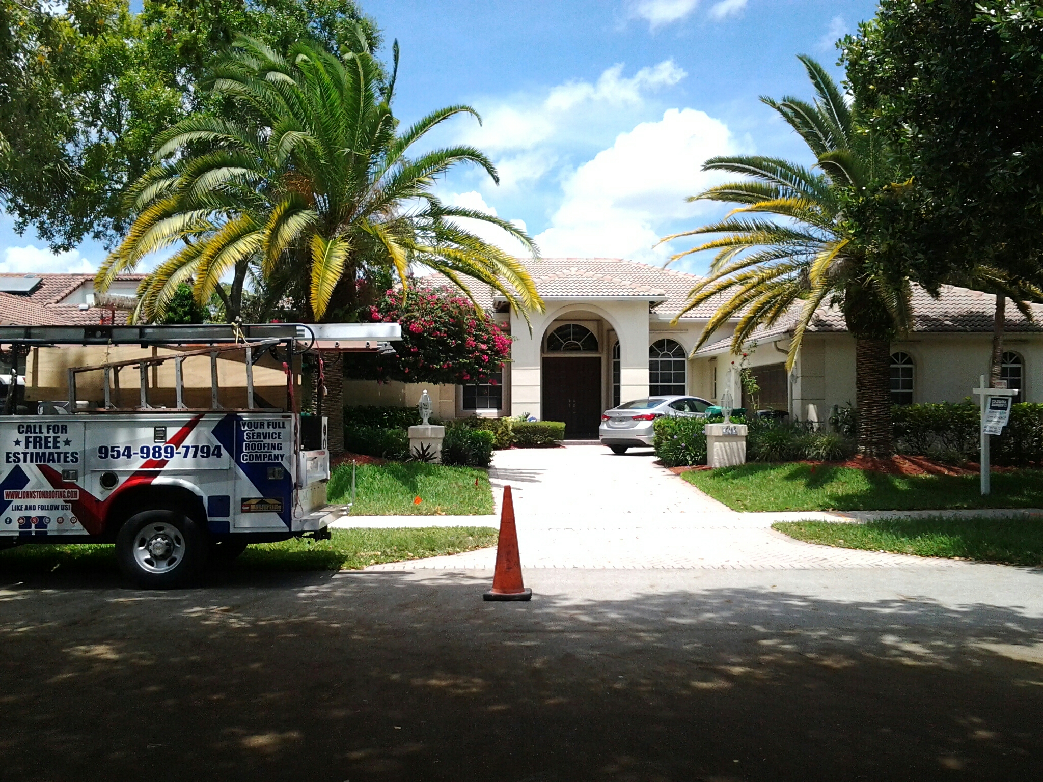 Hollywood, FL - Tile roof repair in the city of cooper city fl this repair is being done by Earl w Johnston roofing company Jos? end Walter are you repair technicians