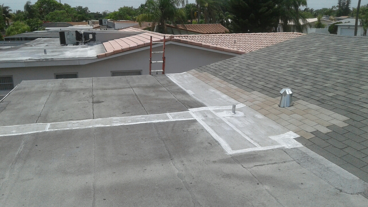 Hollywood, FL - Mike and Earl Johnston roofing completed abreak repair