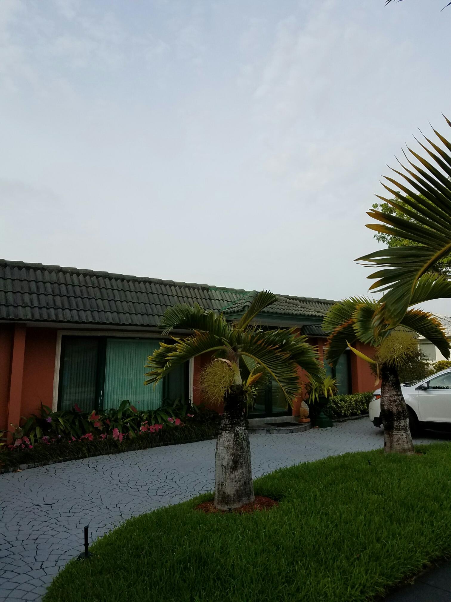 Miami, FL - Flat roof repair in Miami