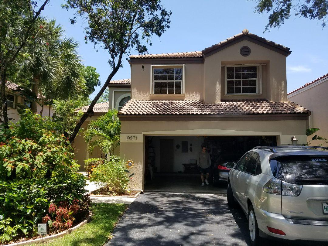 Tile roof repair estimate in Plantation, FL