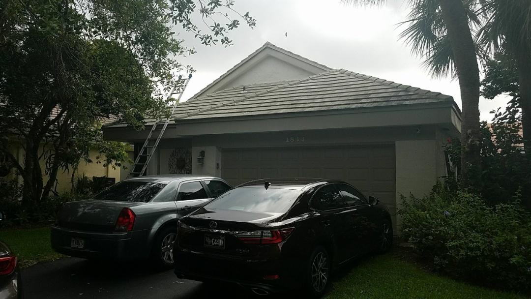 Tile reroof estimate in Plantation, FL