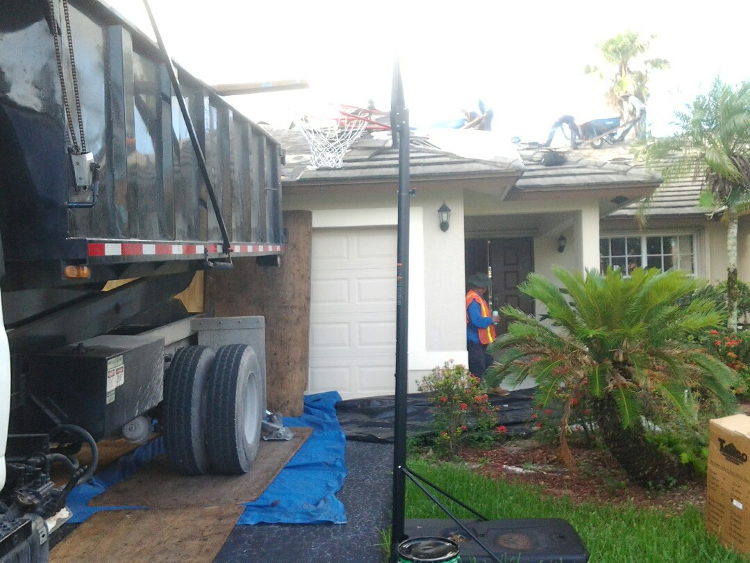 Coral Springs, FL - Starting a 41sq tile reroof in coral springs