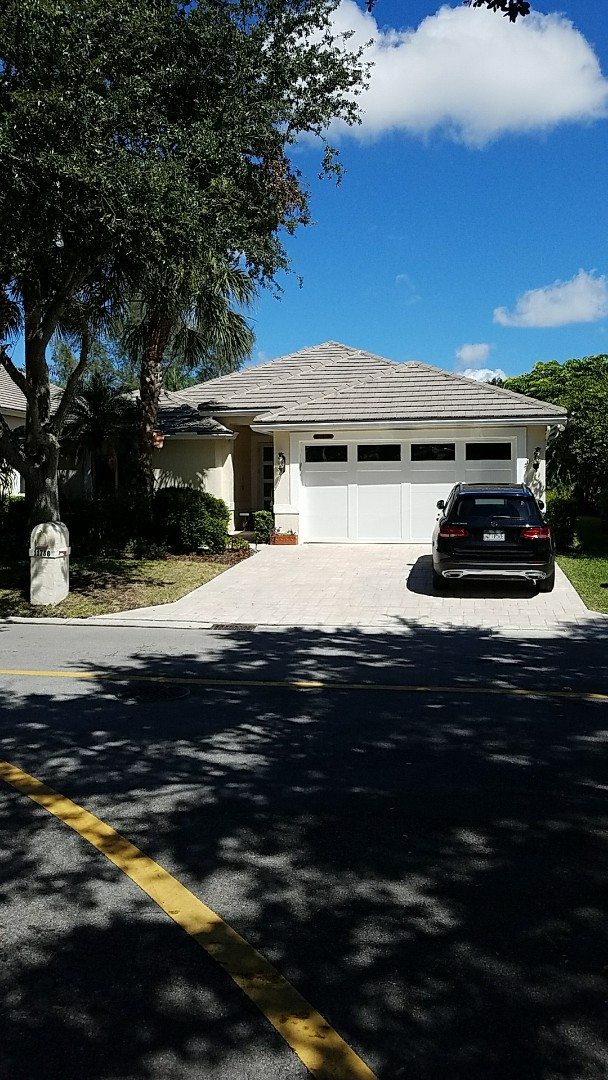 Coral Springs, FL - Entegra reroof estimate done by AJ from Earl Johnston Roofing. Call us for your free estimates!