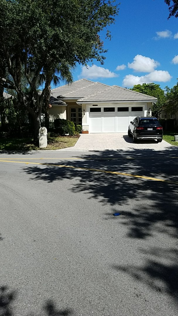 Coral Springs, FL - Entegra reroof estimates done by AJ from Earl Johnston Roofing company