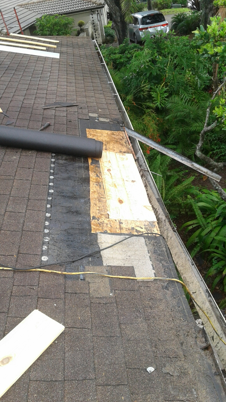 Miami, FL - Mike and Earl Johnston roofing replacing rotten wood
