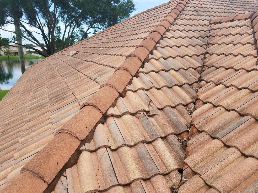 Fort Lauderdale, FL - Entegra Estate tile reroof estimate in Pembroke Pines, FL
