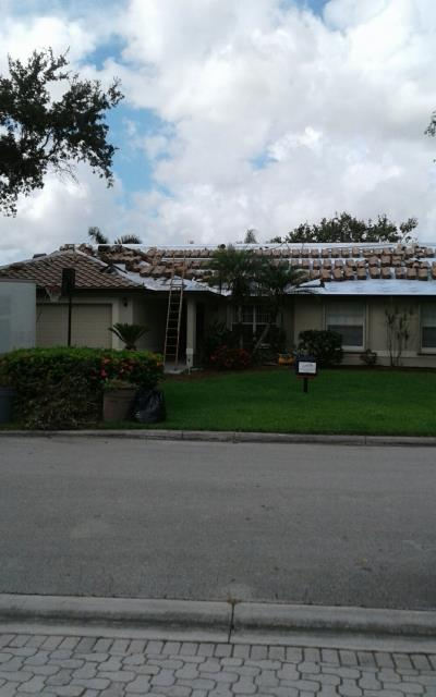 Coral Springs, FL - Loaded for install! Entegra Bella Delcrest tan in Coral Springs