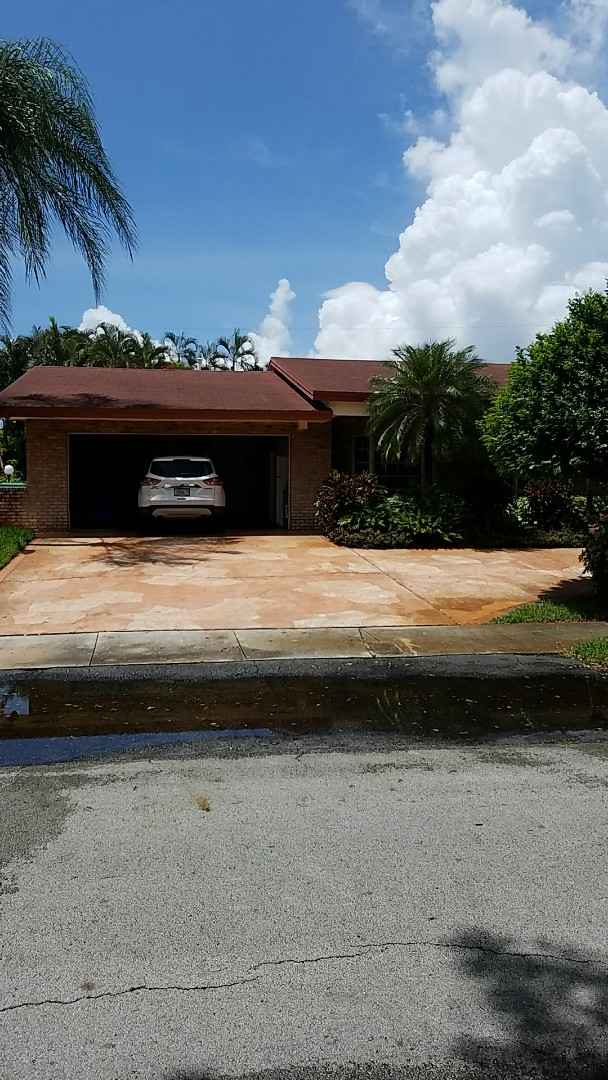 Miami, FL - Shingle roof repair estimate done by AJ from Earl Johnston Roofing