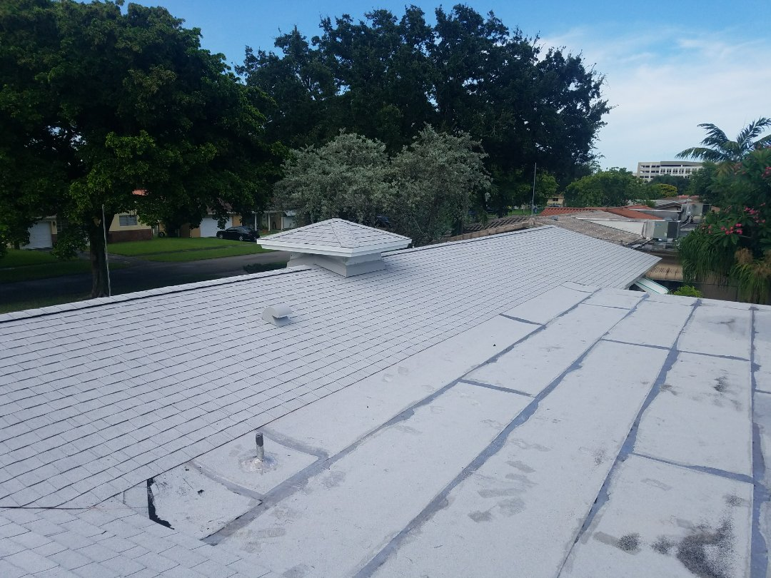Hollywood, FL - Completed GAF Timberline HD shingle and flat reroof in Hollywood Florida