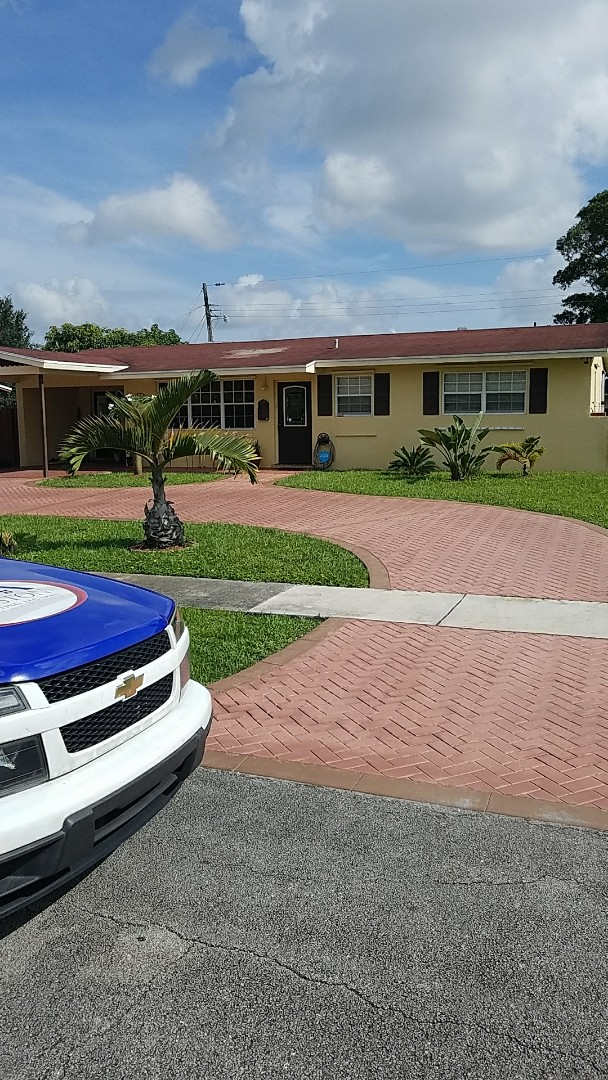 Hollywood, FL - Entegra Bella tiles reroof estimate done by AJ from Earl Johnston Roofing